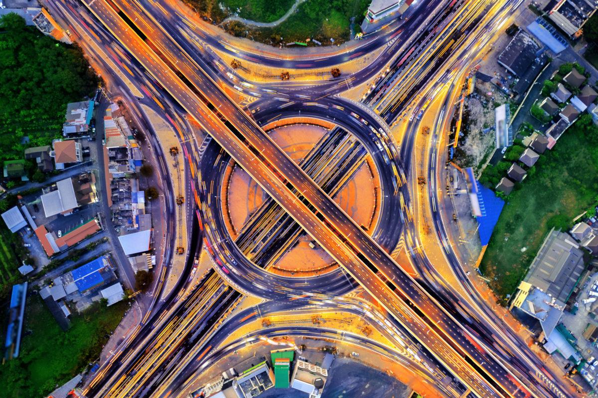 Deusto coordina el proyecto europeo TANGENT, para optimizar la gestión de tráfico ante la entrada del vehículo conectado y autónomo